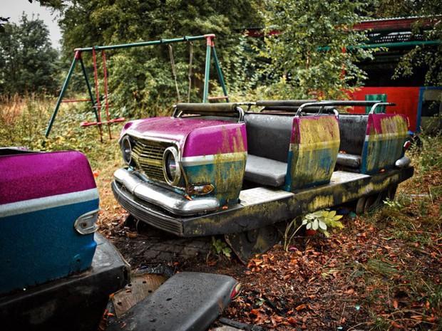 Cảnh hoang tàn đầy ma mị như phim kinh dị của công viên nước bị chìm vào quên lãng suốt 12 năm vì phá sản - Ảnh 5.