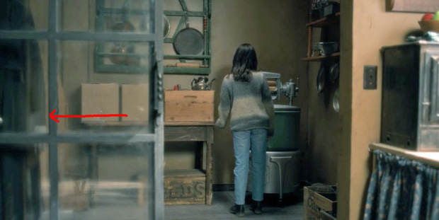 Căng cả mắt để đếm ma trong phim siêu kinh dị The Haunting of Hill House - Ảnh 10.