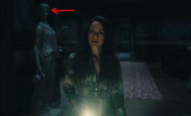 Căng cả mắt để đếm ma trong phim siêu kinh dị The Haunting of Hill House - Ảnh 23.