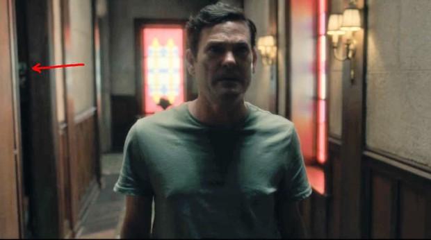 Căng cả mắt để đếm ma trong phim siêu kinh dị The Haunting of Hill House - Ảnh 24.