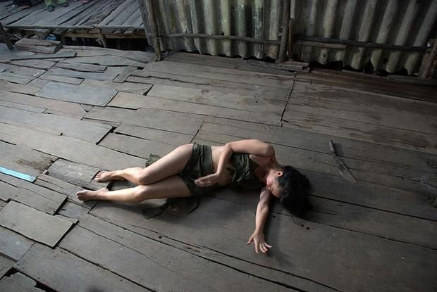 Trước Lan Cave của Quỳnh Búp Bê, khán giả Việt từng nước mắt lưng tròng vì cuộc đời bất hạnh của 3 người phụ nữ này - Ảnh 15.