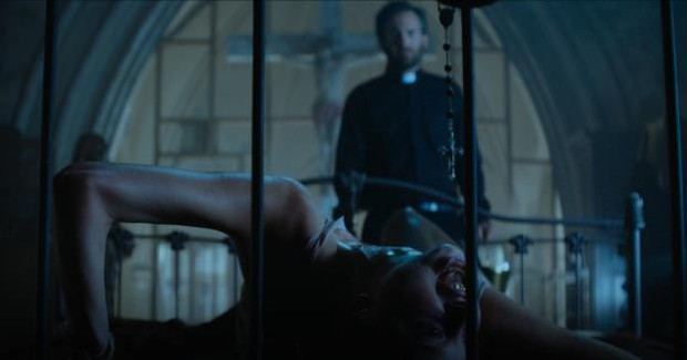 Ám ảnh không dứt vớI hiện thân của quỷ dữ trong The Possession Of Hannah Grace - Ảnh 4.
