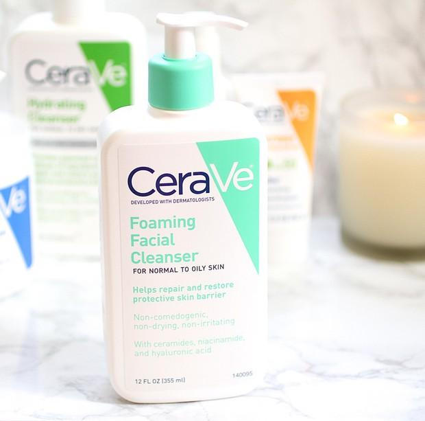 7 sữa rửa mặt tuyệt vời cho da khô được BS da liễu khuyên dùng vì làm sạch hiệu quả mà vẫn giữ da ẩm mọng - Ảnh 4.