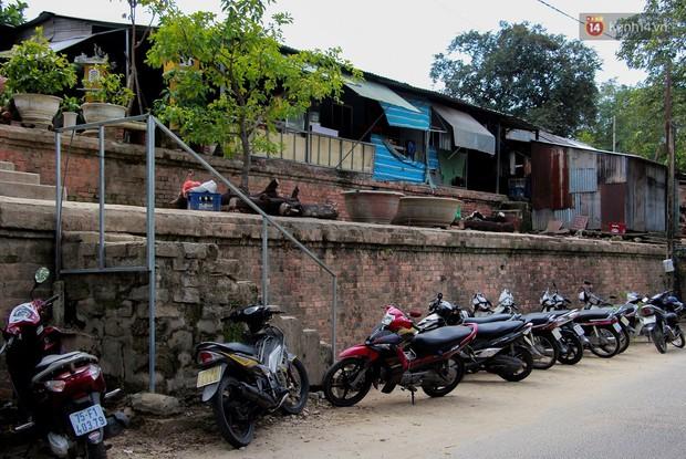 Chùm ảnh: Khu ổ chuột của hơn 15.000 người sống treo trên di sản thế giới ở Kinh thành Huế - Ảnh 3.