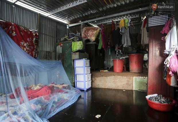 Chùm ảnh: Khu ổ chuột của hơn 15.000 người sống treo trên di sản thế giới ở Kinh thành Huế - Ảnh 9.