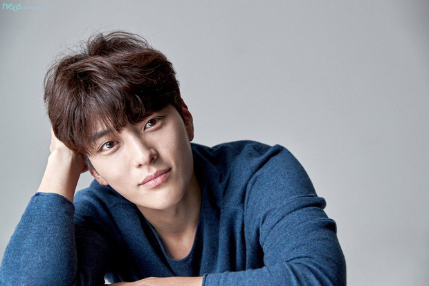 Dậy sóng vì chồng cũ đẹp trai như idol của Song Hye Kyo: U40 mà hack tuổi khó tin, mỗi tội đã có vợ được 4 năm - Ảnh 8.