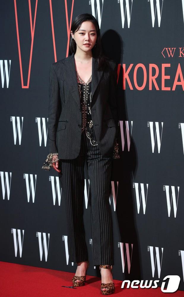 Siêu sự kiện hội tụ 40 sao hạng A: Lee Dong Wook quá xuất sắc, Kim Hee Sun, SNSD dẫn đầu đoàn mỹ nhân mặc thảm họa - Ảnh 34.