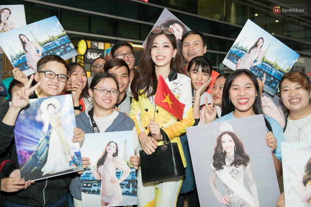 Hoa hậu Tiểu Vy ra tận sân bay đón Phương Nga trở về nước sau hành trình tại Miss Grand International 2018 - Ảnh 6.