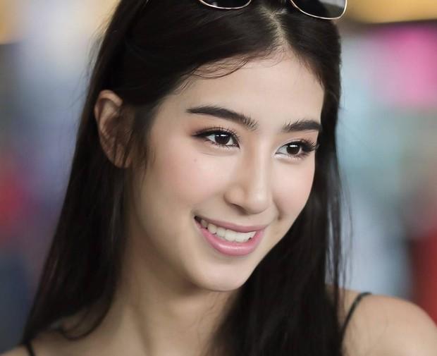 Khi minh tinh hàng đầu Thái Lan trút bỏ lớp son phấn: Người đẹp bất ngờ, kẻ kém sắc và già đi cả chục tuổi - Ảnh 33.
