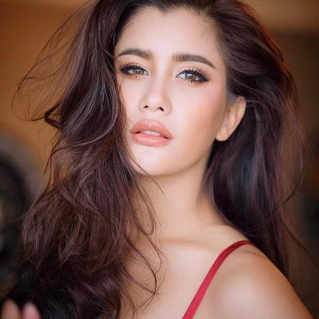 Khi minh tinh hàng đầu Thái Lan trút bỏ lớp son phấn: Người đẹp bất ngờ, kẻ kém sắc và già đi cả chục tuổi - Ảnh 7.