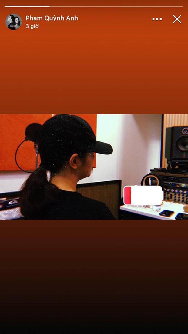 Hành động đầu tiên của Phạm Quỳnh Anh sau ồn ào ly hôn với đạo diễn Quang Huy - Ảnh 1.