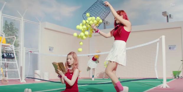 Girlgroup Produce 101 bản Trung bị chỉ trích vì đạo nhái trắng trợn hình ảnh của nghệ sĩ nhà SM - Ảnh 6.