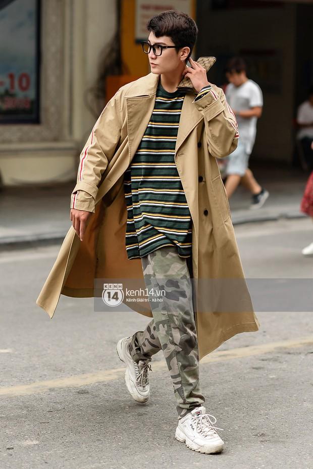 Street style ngày cuối VIFW: giới trẻ lên đồ đơn giản với độ ứng dụng cao hơn, các nhóc tì tiếp tục tranh spotlight - Ảnh 3.