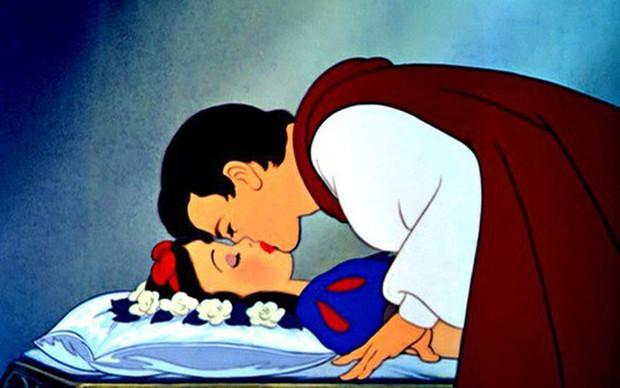 Tình yêu đồng tính vẫn không đặc biệt bằng 4 mối tình lạ trong phim hoạt hình sau đây - Ảnh 2.