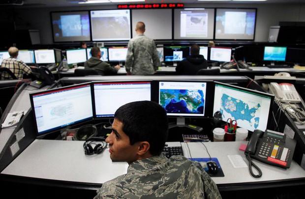 Bộ Quốc phòng Mỹ kêu gọi mọi người cùng... hack Lầu Năm Góc, vừa được khen vừa được tiền - Ảnh 1.