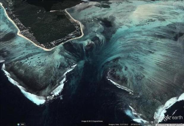 Thác nước ngầm trong lòng đại dương: Khổng lồ hơn cả Victoria - thác trên cạn lớn nhất thế giới - Ảnh 2.