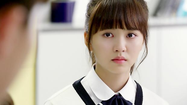 4 vai nữ sinh ấn tượng nhất của nữ thần phim học đường Kim So Hyun - Ảnh 6.