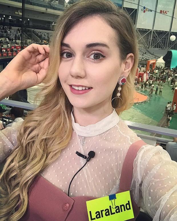 Cô gái Tây Ban Nha xinh, nóng bỏng như hotgirl chia sẻ bí quyết học khiến dân tình tranh nhau cắp sách xin theo - Ảnh 8.