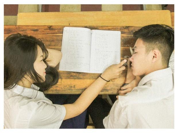 Confession không thể ngôn tình hơn của cặp đôi đáng yêu trường chuyên Lê Hồng Phong - Ảnh 3.