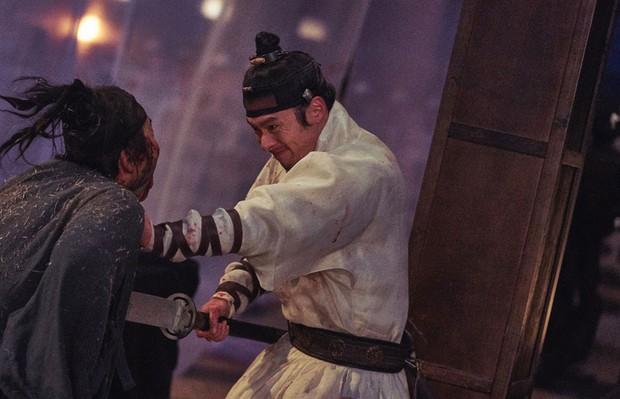 Train to Busan bản cổ trang hút hơn 1 triệu khán giả sau 4 ngày công chiếu đầu tiên tại Hàn - Ảnh 3.