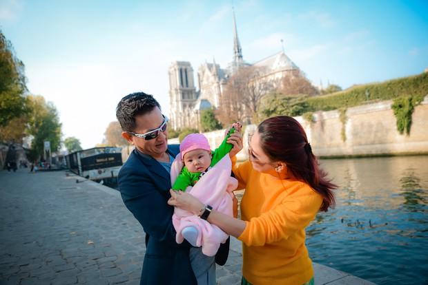 Thanh Thảo và ông xã đưa con gái chỉ mới 3 tháng tuổi đi du lịch châu Âu - Ảnh 10.