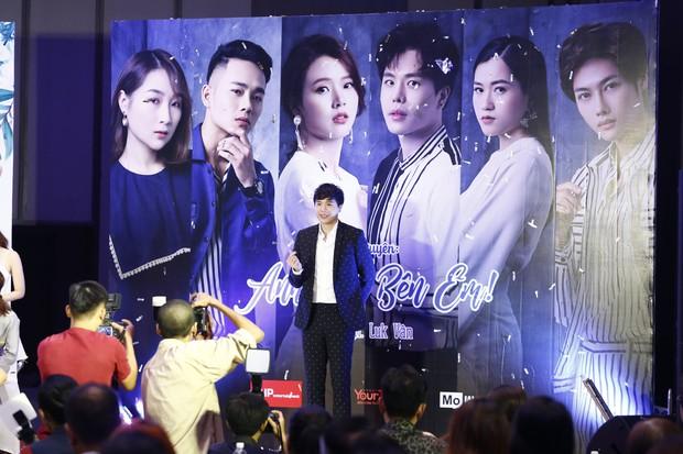 Midu đẹp rạng rỡ bên Trịnh Thăng Bình tại họp báo ra mắt dự án phim đầu tay do MC Quỳnh Chi sản xuất - Ảnh 2.