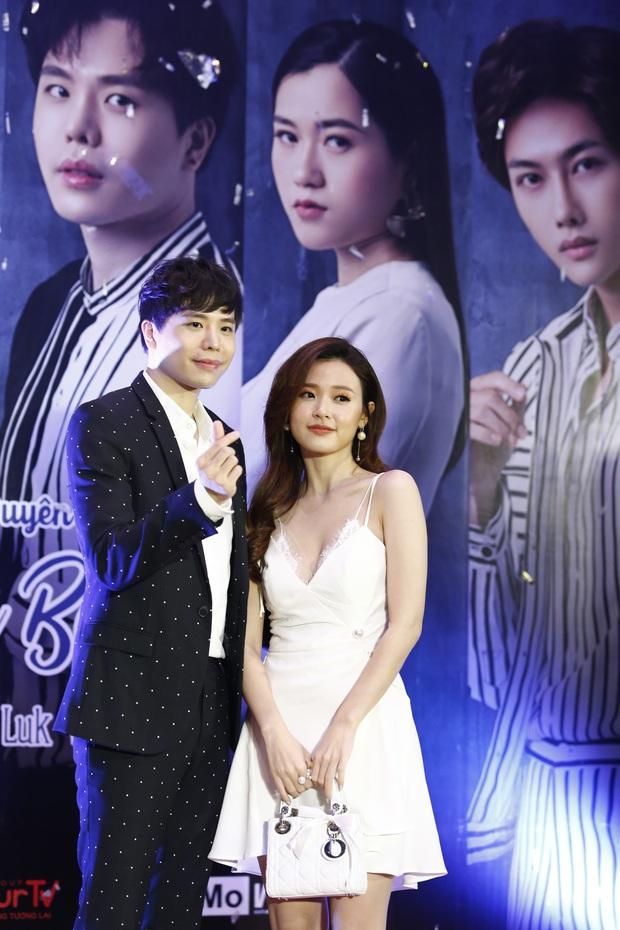 Midu đẹp rạng rỡ bên Trịnh Thăng Bình tại họp báo ra mắt dự án phim đầu tay do MC Quỳnh Chi sản xuất - Ảnh 3.