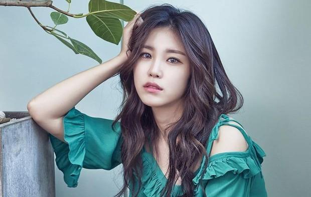 Sau HyunA, thêm một nữ idol rời công ty sau gần chục năm gắn bó vì bị quỵt lương trong thời gian dài - Ảnh 1.