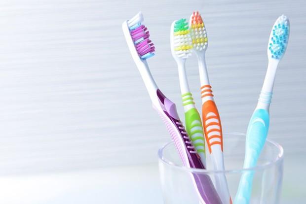 Vừa tốt cho răng, vừa ngăn ngừa chứng hôi miệng nhờ duy trì những thói quen sau - Ảnh 5.