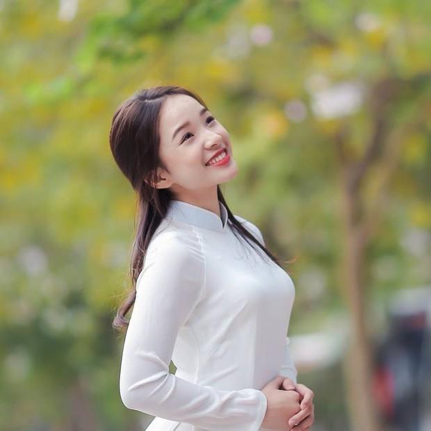 Con gái lớn NSƯT Thanh Thanh Hiền ngày càng xinh, đang là du học sinh ở Mỹ - Ảnh 2.
