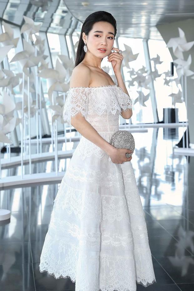 Nhã Phương mặc gì cũng đẹp nhưng hoàn hảo nhất khi mặc chiếc váy này - Ảnh 3.