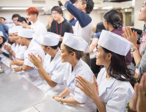 Đông Nhi hào hứng học làm sushi, cùng nghệ sĩ các nước ASEAN khám phá Nhật Bản - Ảnh 8.