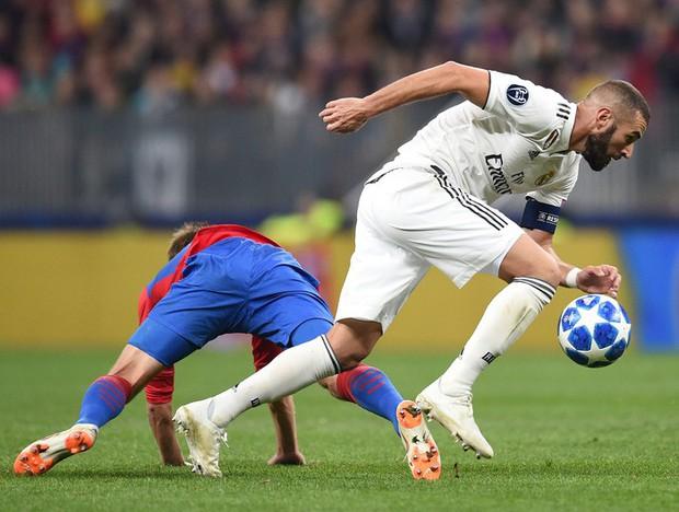Thống kê siêu tệ của tiền đạo Real Madrid sau khi Ronaldo ra đi - Ảnh 3.