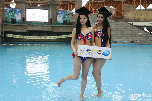 Sinh viên Trung Quốc chụp ảnh kỷ yếu: Kẻ khoe chân dài miên man cả thước, người sexy quyến rũ với bikini - Ảnh 3.