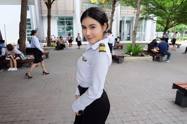 Bạn trai Hương Giang học ở trường đại học toàn trai xinh gái đẹp - Ảnh 6.
