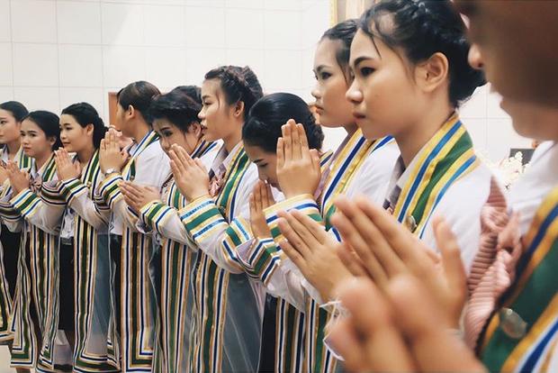 Trường ĐH của bạn trai Hương Giang: Toàn trai xinh gái đẹp, là trường đầu tiên và lớn nhất đào tạo theo phương pháp học tại doanh nghiệp - Ảnh 18.