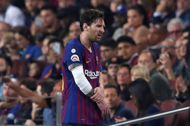 Hết hồn Ronaldo - Messi hóa thân thành ma quỷ hù dọa khán giả - Ảnh 6.