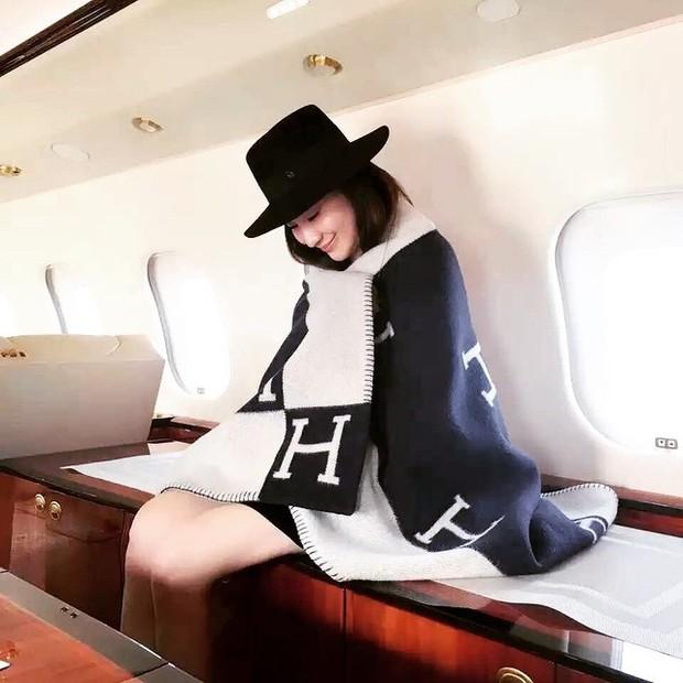 Ở Trung Quốc có hội bạn thân toàn tiểu thư trâm anh thế phiệt, xinh đẹp và tất nhiên, rất giàu có! - Ảnh 22.