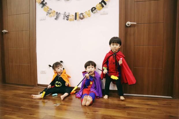 Halloween của các nhóc tỳ nổi tiếng MXH: 2 bé nhà Ngọc Mon hoá Vô Diện, Valak siêu đáng yêu - Ảnh 6.