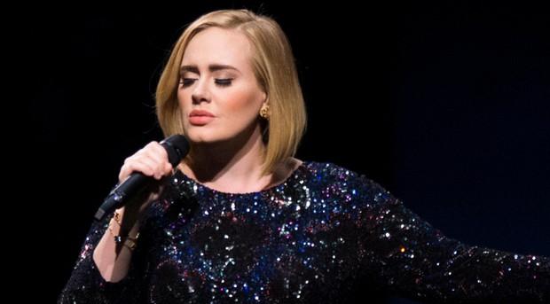 Giàu có như Emma Watson hay Ed Sheeran cũng phải chào thua một ngôi sao không làm gì vẫn kiếm ra 460 tỷ một năm - Ảnh 1.