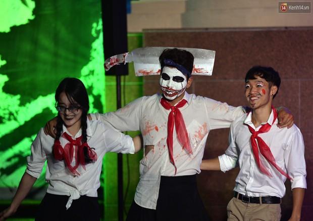 Màn hóa trang Halloween kinh dị nhất tại Đại học Mỹ Thuật Việt Nam - Ảnh 2.