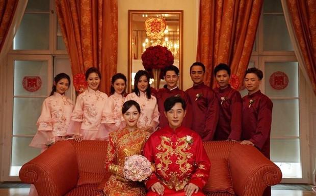 Clip bây giờ mới tiết lộ: Hồ Ca dành tặng Đường Yên ca khúc siêu ngọt ngào và trữ tình trong đám cưới - Ảnh 1.