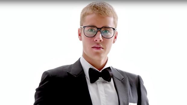 Justin Bieber chơi lớn mùa Halloween bằng cách cạo sạch tóc - Ảnh 6.