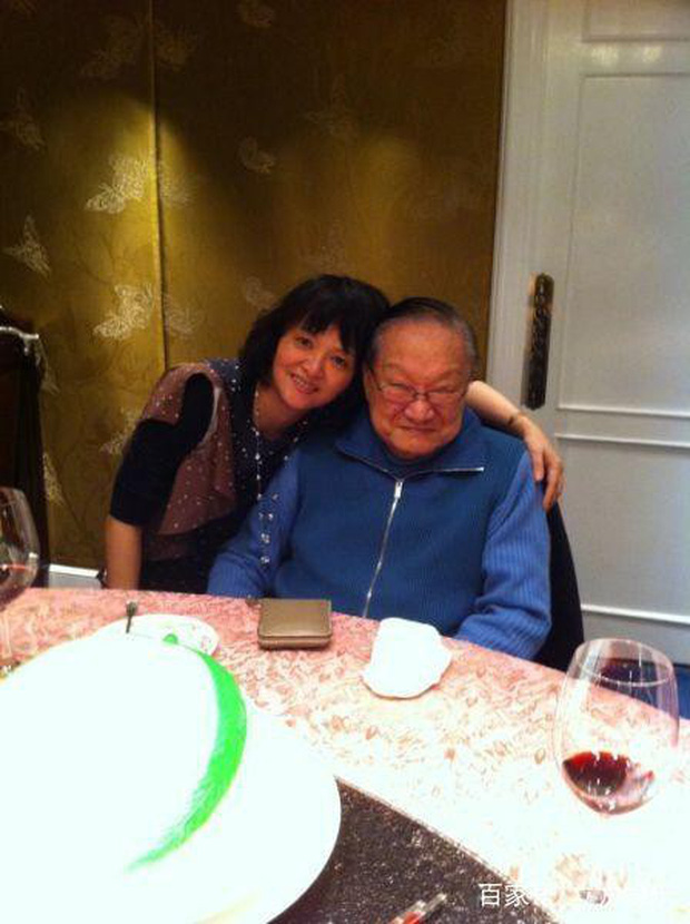 Kim Dung - Cuộc đời đào hoa nhiều bi kịch 3 lần kết hôn trắc trở - Ảnh 9.