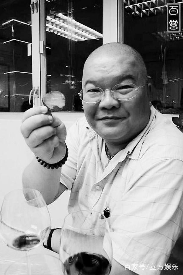 Kim Dung - Cuộc đời đào hoa nhiều bi kịch 3 lần kết hôn trắc trở - Ảnh 7.