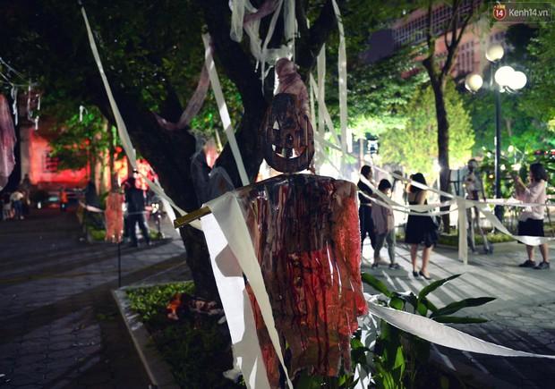 Màn hóa trang Halloween kinh dị nhất tại Đại học Mỹ Thuật Việt Nam - Ảnh 7.