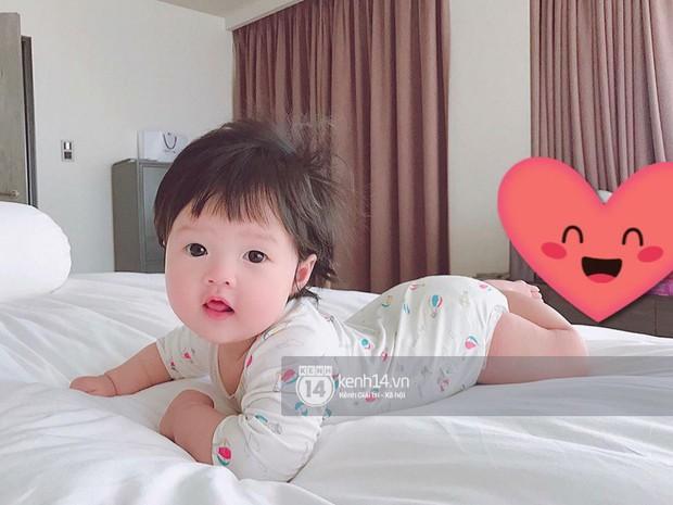 Đặng Thu Thảo khoe khoảnh khắc bình yên bên con gái 6 tháng tuổi - Ảnh 4.