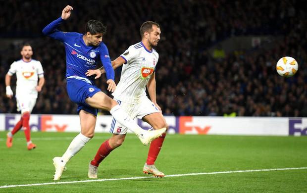Chân gỗ Morata hóa người hùng cho Chelsea, AC Milan ngược dòng kịch tính với 3 bàn trong 9 phút - Ảnh 3.