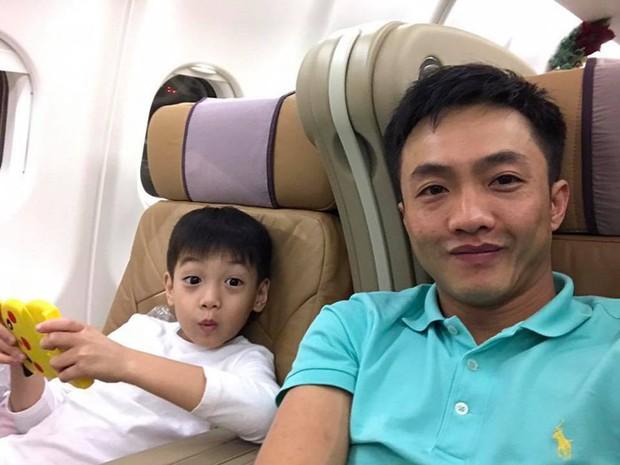 Cuộc sống của những cô chiêu, cậu ấm nhà sao Việt: Ở biệt thự triệu đô, học phí mỗi năm lên đến hàng trăm triệu - Ảnh 13.