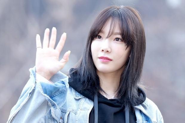 Những idol Hàn khiến fan ngã ngửa vì tuổi thật: Toàn lão hóa ngược khó tin, nhưng bất ngờ nhất là trường hợp cuối - Ảnh 4.